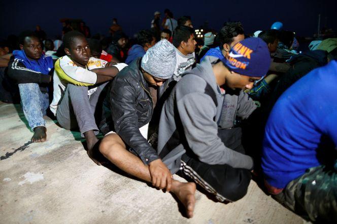 Des-migrants-vendus-aux-encheres-le-marche-de-la-honte-en-Libye